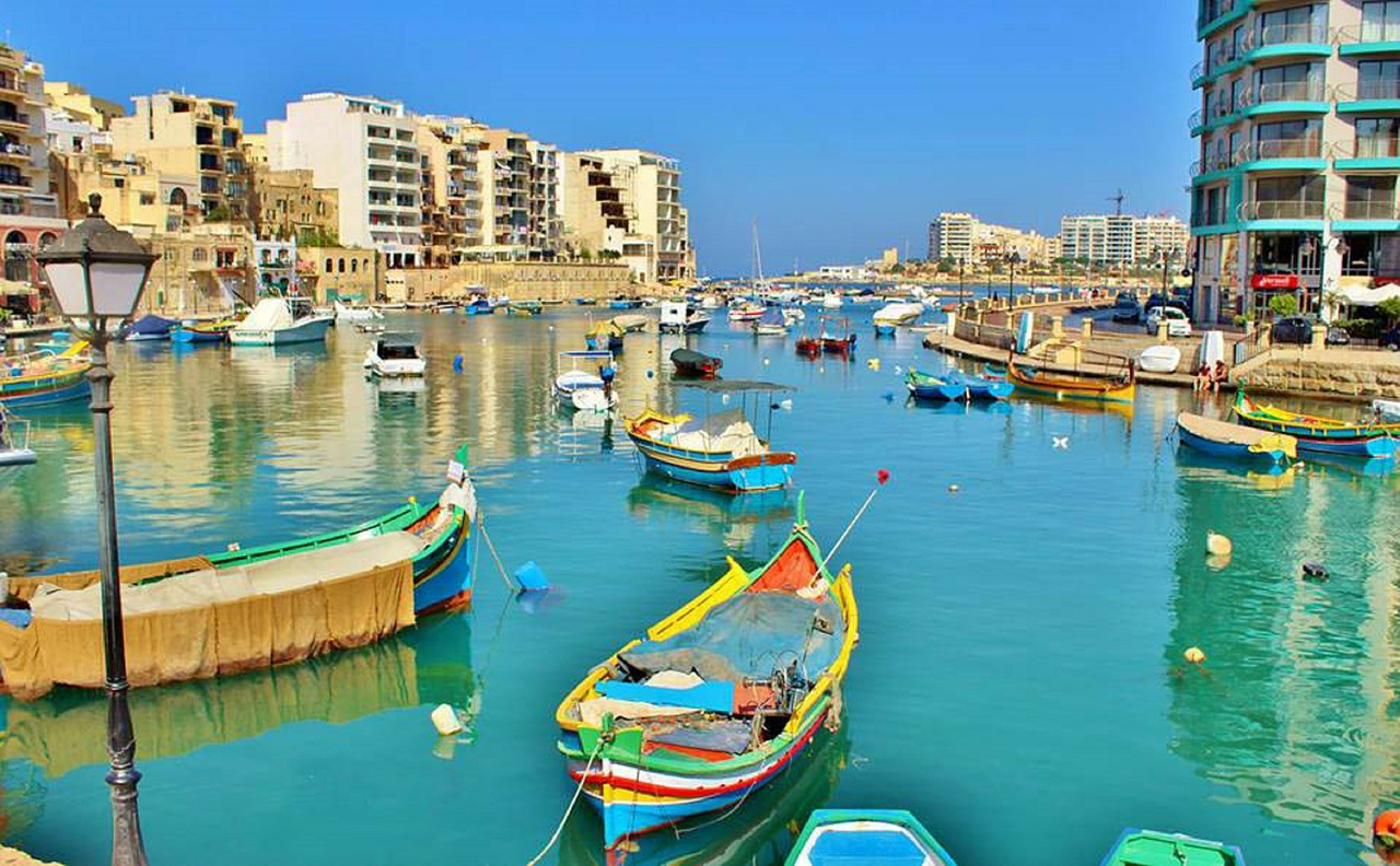 Fishing boats in Spinola Bay